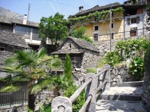 Rustici in Vogorno (Valle Verzasca)