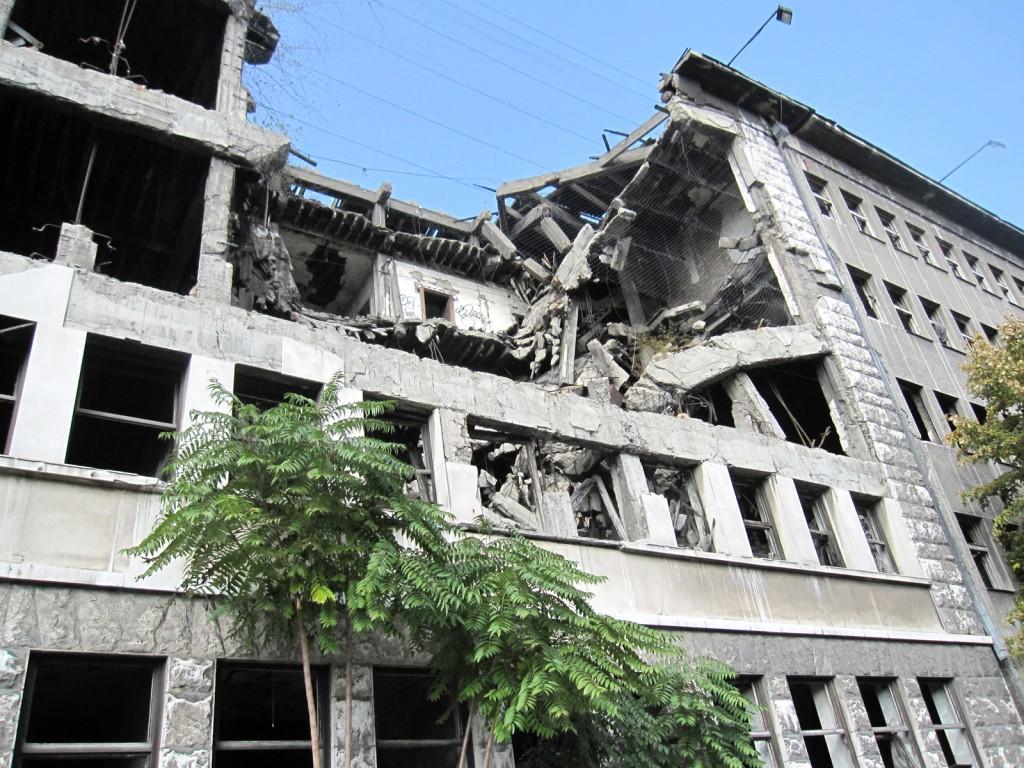 Bombed building in Belgrad